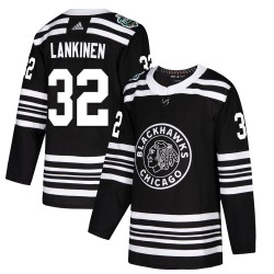 Kevin Lankinen Chicago Blackhawks Youth Adidas Authentic Black 2019 Winter Classic Jersey